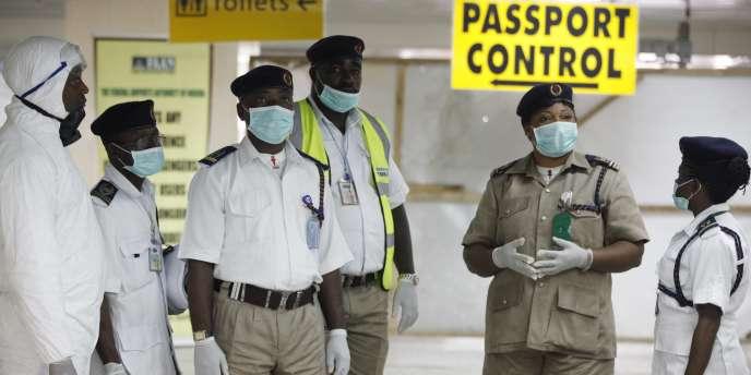 A l'aéroport de Lagos, au Nigeria, le 4 août.