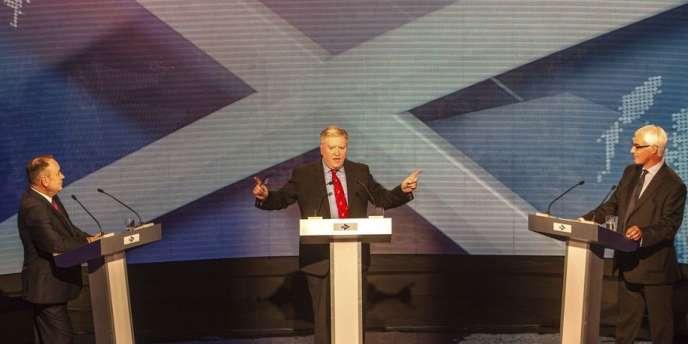 L'Ecosse pourrait-elle survivre hors du Royaume-Uni ? Les deux dirigeants des camps du « oui » et du « non » à l'indépendance de la nation écossaise se sont affrontés mardi 5 août.