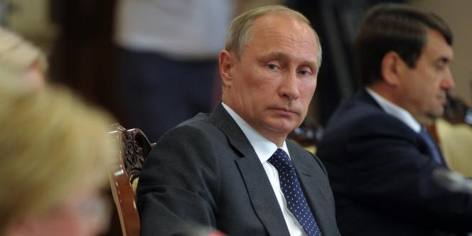 Moscou a annoncé un « embargo total » sur la plupart des produits alimentaires en provenance de l'UE et des Etats-Unis en réaction aux « considérations politiques stupides ».