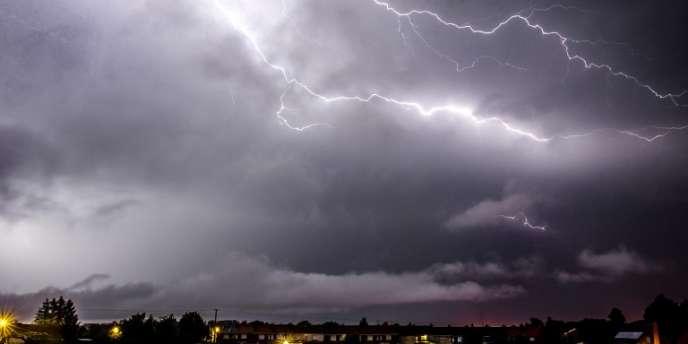 Orages dans le nord de la France en juillet 2014.