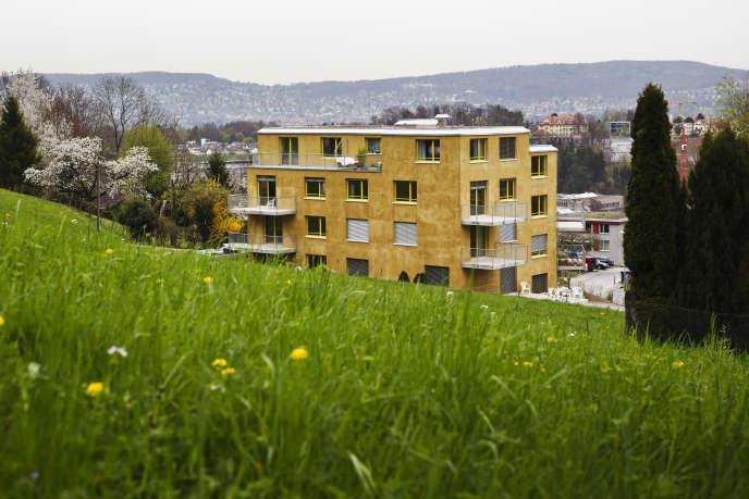 Le premier immeuble anti-allergène d'Europe a été achevé en décembre 2013, à Zürich.
