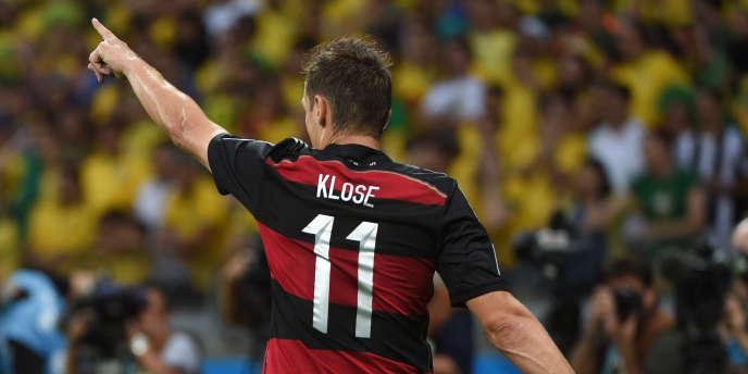 Miroslav Klose célèbre un but contre le Brésil, le 8 août 2014.