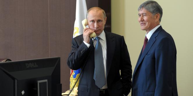 Le président russe Vladimir Poutine dans sa résidence de Sotchi, le 11 août.