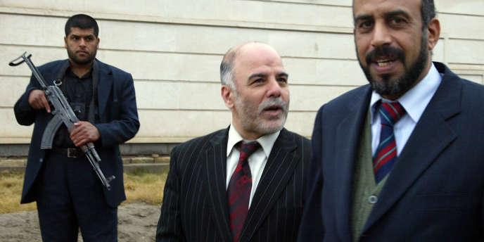 Haidar Al-Abadi (au centre) a été désigné nouveau premier ministre en Irak.