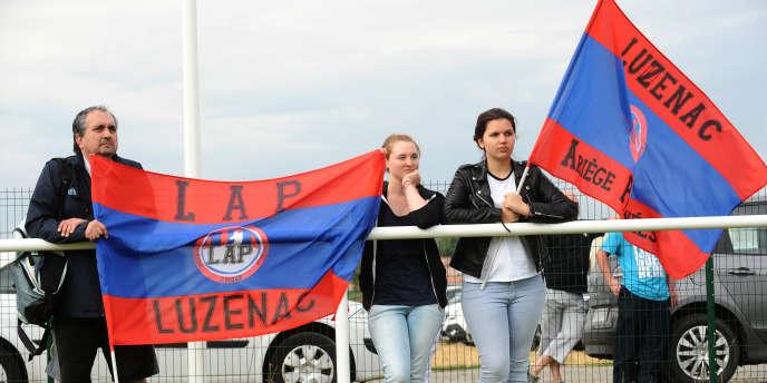 Des supporteurs de Luzenac, en juillet 2014.