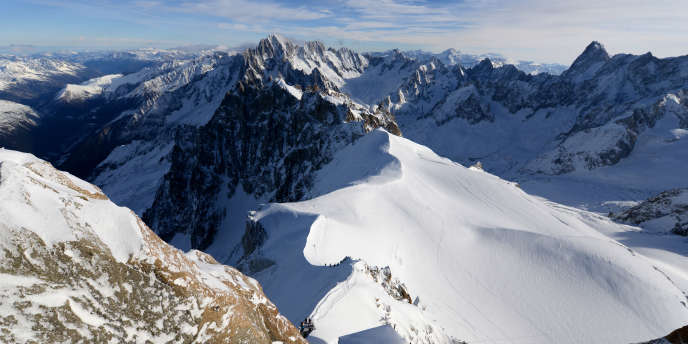 Les Alpes près de Chamonix.