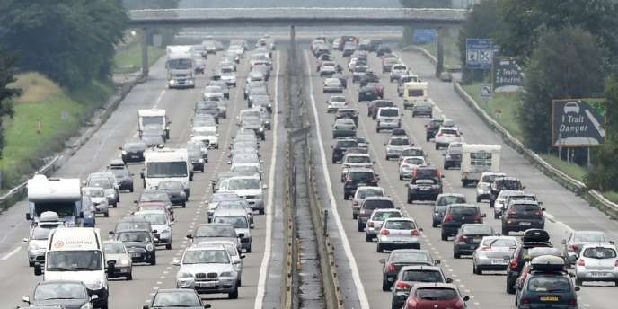 De nombreux embouteillages sont à prévoir pour le traditionnel chassé-croisé du 15 août, avec une journée classée rouge samedi et même noire sur l'arc méditerranéen.