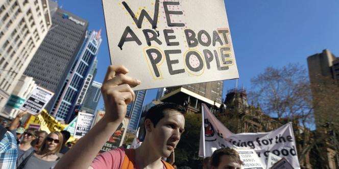 Certains Australiens contestent les nouvelles politiques du pays en matière d'immigration, comme ici, à Sydney, en 2013.