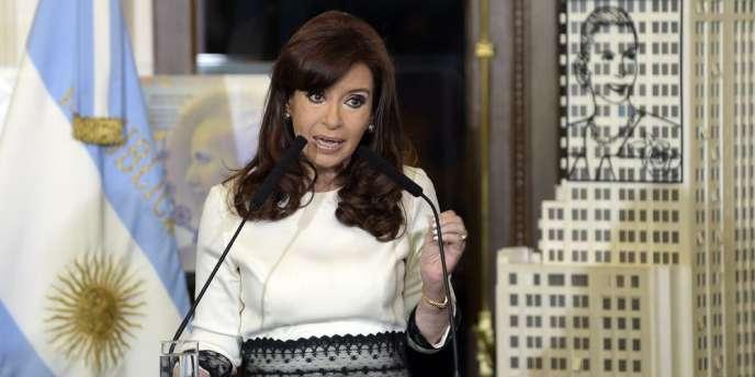La présidente Cristina Kirchner a annoncé que la banque argentine Banco Nacion avait été désignée au lieu de la Bank of New York, où sont bloqués des fonds sur décision de justice américaine.