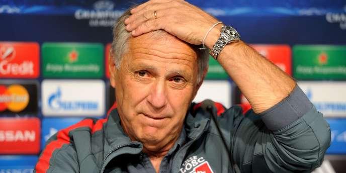 L'entraîneur lillois René Girard avant le barrage aller de Ligue des champions contre le FC Porto, mercredi 20 août.