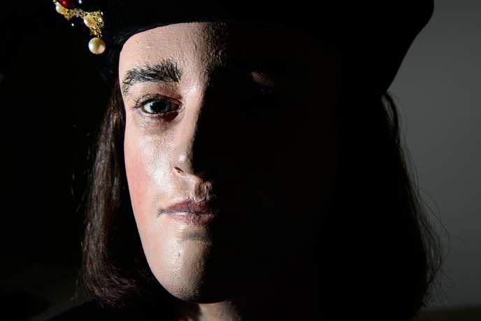 La reconstitution du visage de Richard III, présentée dans le centre qui a été ouvert sur le site où son squelette a été retrouvé, à Leicester.