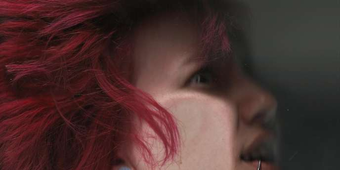 Autoportrait de Zoe Quinn.