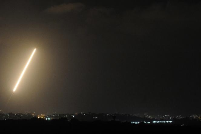 Une roquette tirée depuis la bande de Gaza, le 21 août.
