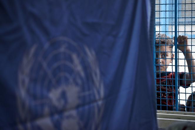 Un enfant palestinien dans une école de l'ONU, à Jabalia, dans la bande de Gaza, le 17 août.