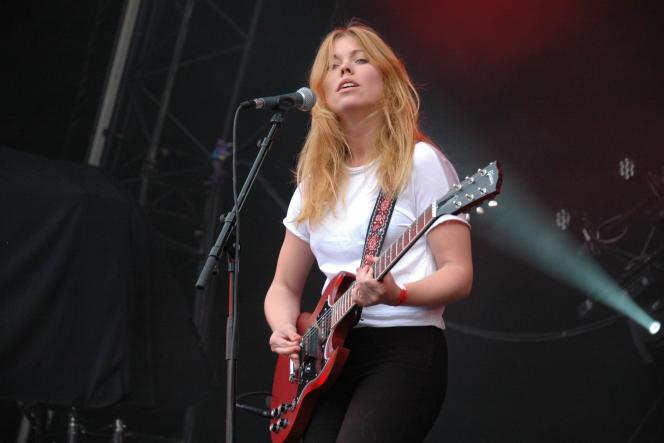 Lisa Löfgren du groupe Tiger Bell, à Rock en Seine le 22 août 2014.
