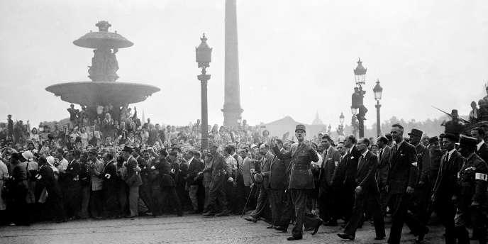 De Gaulle place de la Concorde le 26 août 1944.