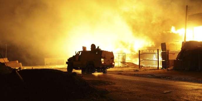 La bataille pour le contrôle de l'aéroport de Tripoli se poursuit en Libye.