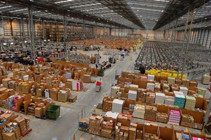 Entrepôt d'Amazon à Peterborough, au Royaume-Uni.