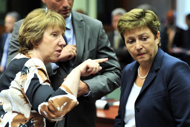 Catherine Ashton et Kristalina Georgieva, le 15 août à Bruxelles.
