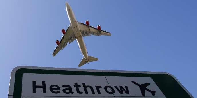Un avion à l'aéroport londonien d'Heathrow, le 2 septembre.