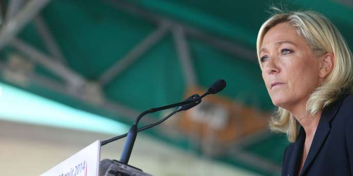 Marine Le Pen, à Brachay, le 30août.