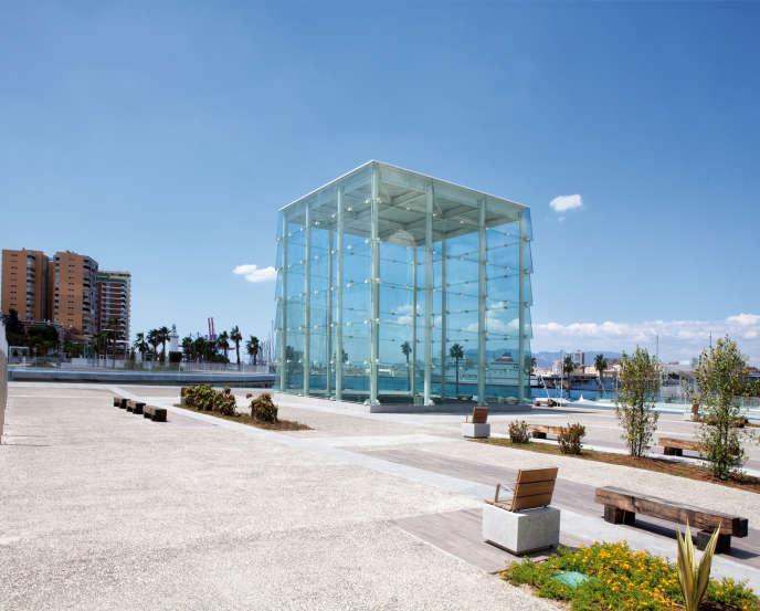 Le Centre Pompidou Malaga s'installera dans El Cubo, un cube transparent posé sur le quai du port de la ville andalouse, en Espagne.