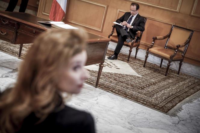 Valérie Trierweiler et François Hollande en visite en Tunisie, le 5 juillet 2013.