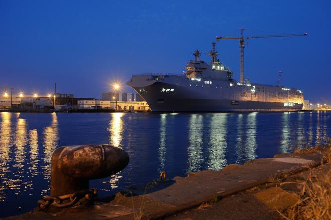 Le navire Mistral à Saint-Nazaire, le 23 juin.