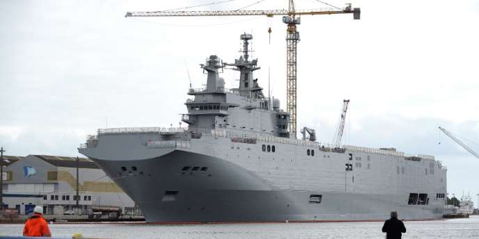 Un navire Mistral, commandé par la Russie, à Saint-Nazaire en mai 2014.