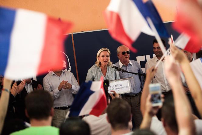 Marine Le Pen lors de l'université d'été du FNJ, à Fréjus, le 7 septembre.