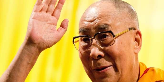 Tenzin Gyatso, quatorzième dalaï-lama, chef spirituel du bouddhisme tibétain et Prix Nobel de la paix.