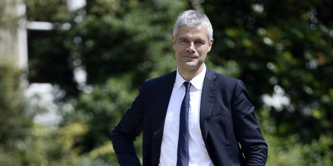 Laurent Wauquiez, député UMP de Haute-Loire, dans les jardins de l'Assemblée nationale, le 17 juillet.