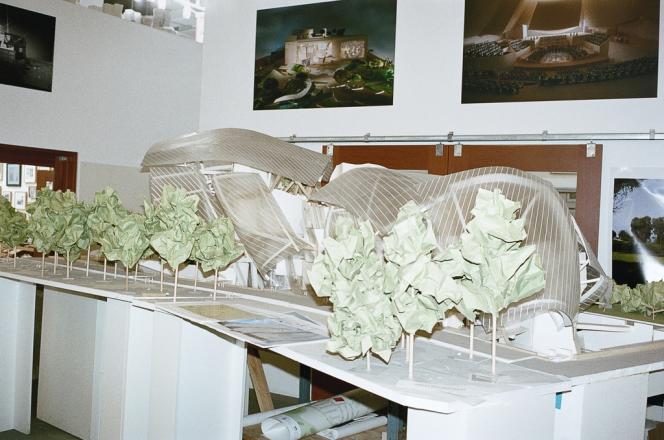 Dans les bureaux de Frank Gehry, à Los Angeles, la maquette de la Fondation Louis Vuitton.