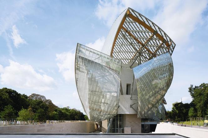 La Fondation Louis Vuitton ouvrira fin octobre 2014.
