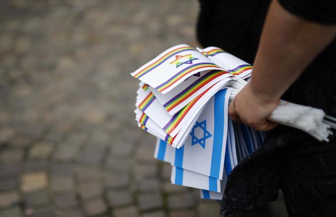 Lors d'une manifestation contre l'antisémitisme, le 31 août à Francfort.
