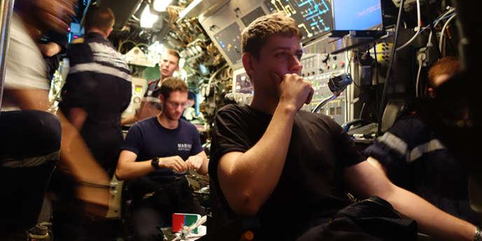 Nathalie Guibert a passé un mois à bord du sous-marin nucléaire la