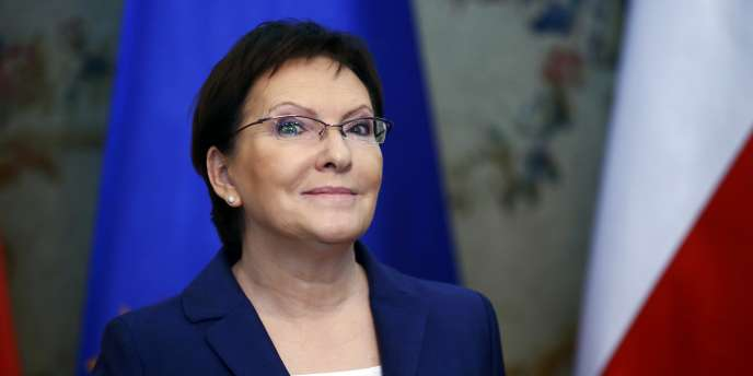 Mme Kopacz dispose d'un délai de quinze jours pour présenter son gouvernement au chef de l'Etat, mais la date du 22 septembre a d'ores et déjà été citée par la présidence.