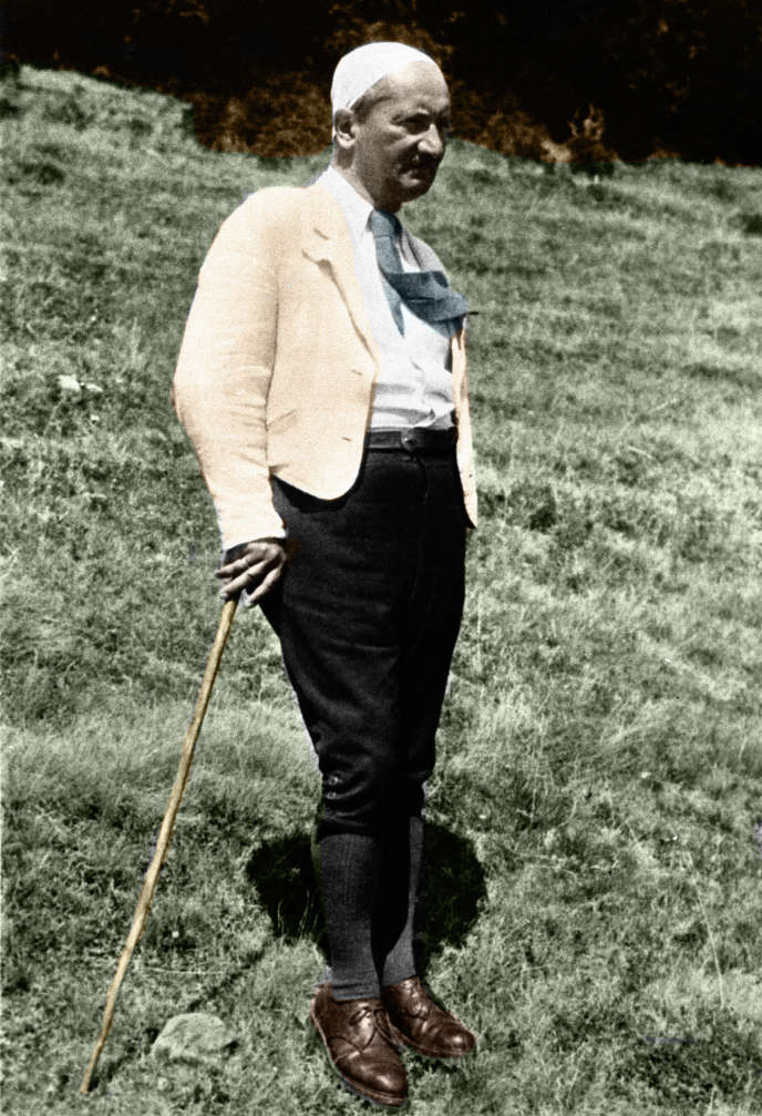 Portrait du philosophe allemand Martin Heidegger (1889-1976).