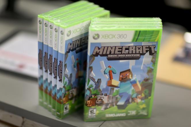 Un exemplaire du jeu video Minecraft pour Xbox 360.