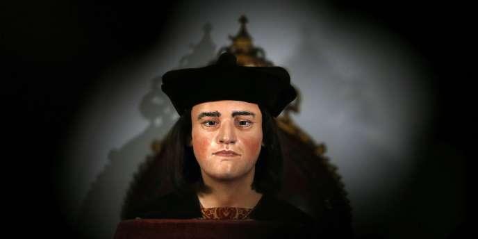 Richard III a été attaqué par un ou plusieurs adversaires et neuf des onze coups clairement infligés pendant le combat ont visé son crâne.
