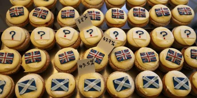 Quelque 4 millions d'électeurs âgés au minimum de 16 ans vont participer à ce scrutin « made in Scotland » prévu depuis 2012 et la signature de l'accord d'Edimbourg.