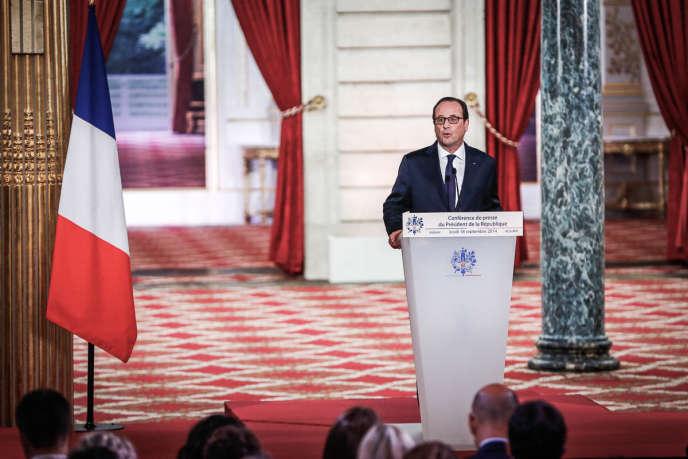 François Hollande, président de la république donne sa quatrième grande de presse dans la Salle des Fêtes de l'Elysée à Paris.