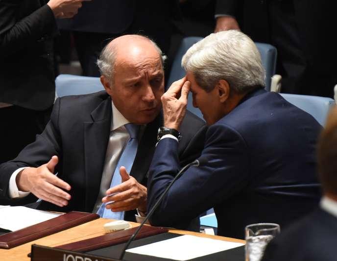 Le ministre des affaires étrangères, Laurent Fabius, et le secrétaire d'Etat américain, John Kerry, à New York le 19 septembre.
