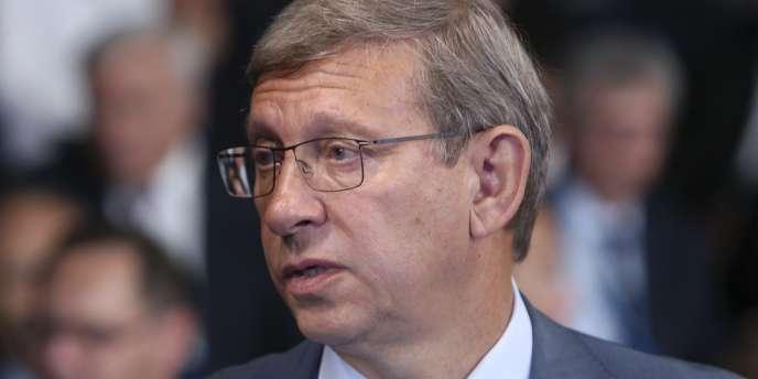 Le placement en résidence surveillée de Vladimir Evtouchenkov,  patron du conglomérat AFK Sistema, rappelle d'anciennes pratiques du pouvoir.