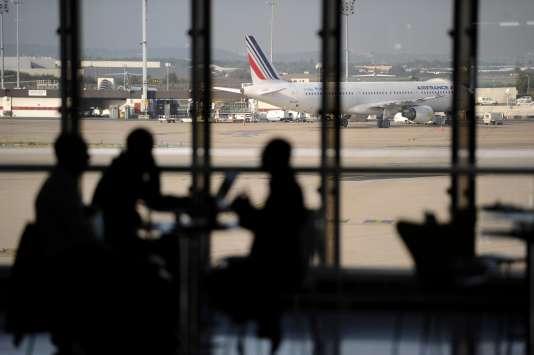Air France «prévoit d'assurer plus de 80 % de ses vols» samedi, au premier jour d'une grève qui mobilisera 25% des pilotes, pour défendre l'emploi et les conditions de rémunérations, a annoncé la compagnie vendredi 10 juin dans un communiqué.