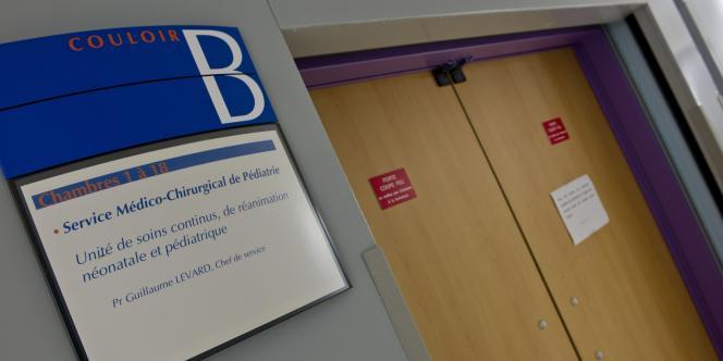 L'entrée du service médico-chirurgical de pédiatrie, à l'hôpital de Poitiers, le 16 septembre 2014