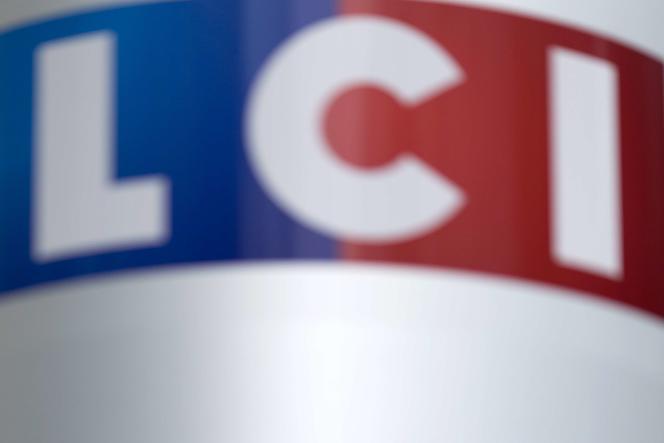 La chaîne d'information en continu LCI est installée dans la tour TF1, à Boulogne-Billancourt (Hauts-de-Seine). AFP PHOTO / KENZO TRIBOUILLARD