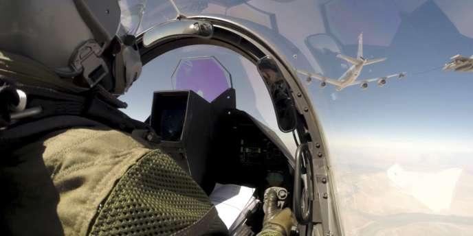Un pilote de Rafale. La France mène des raids contre l'Etat islamique en Irak dans le cadre d'une coalition internationale.