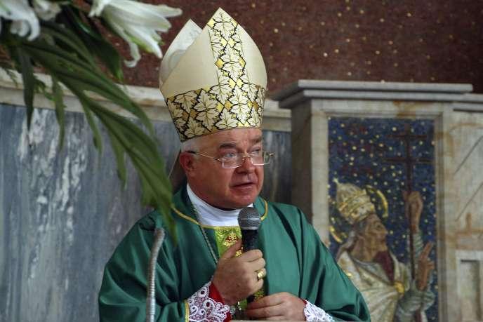 Jozef Wesolowski, en 2009 à Saint-Domingue.