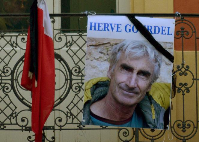 Le portrait d'Hervé Gourdel, otage français assassiné en Algérie le 24septembre.